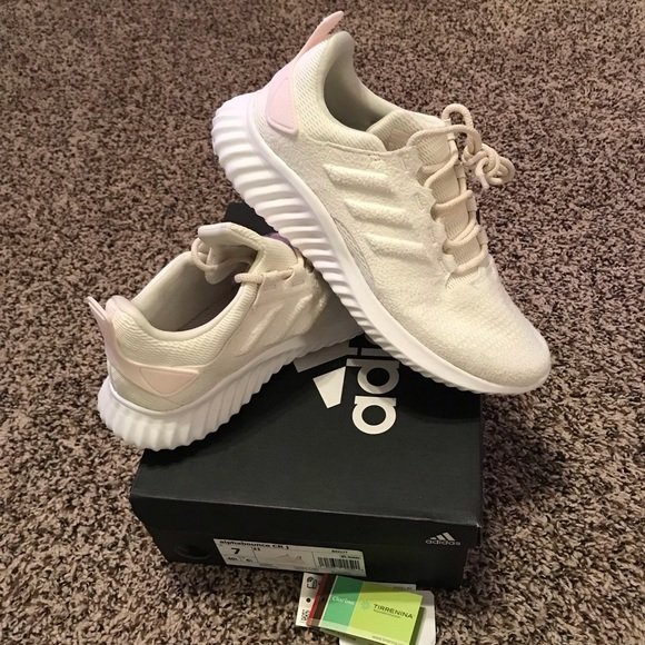 9930866e2 Adidas Alpha Bounce size 7y NWT